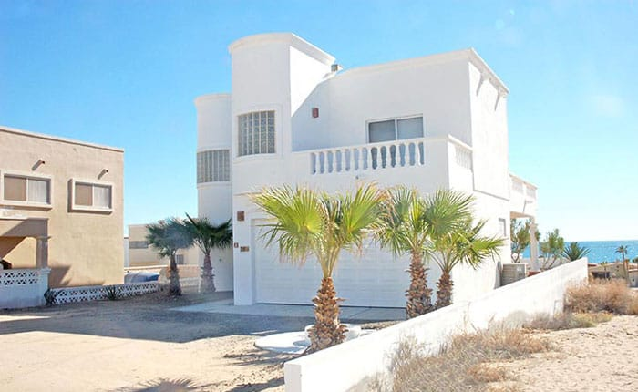 Rocky-Point-House-Rental-Casa-Del-Sol-back-of-house