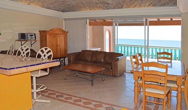 Rocky Point Mirador-Las-Palmas-3bd-living-dining-room